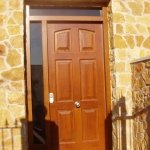 puerta madera chalet