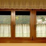 ventana tres hojas iroko