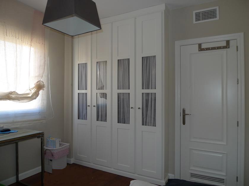 Frentes de armario - Puertas abatibles para armarios empotrados ...