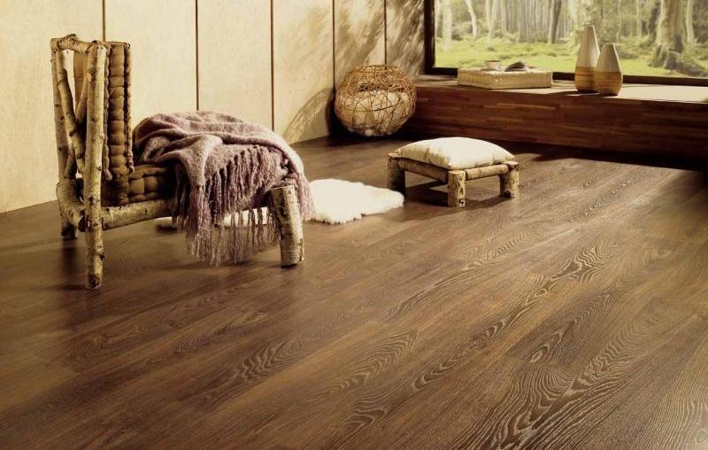 Tarimas y parquets de madera for Suelos resistentes