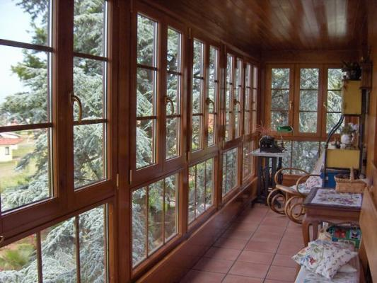 Ventanas de madera for Ventanales de aluminio imitacion madera